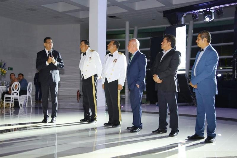 Corona Martínez felicitó y agradeció a la Marina su apoyo y trabajo que diariamente realizan a favor del municipio