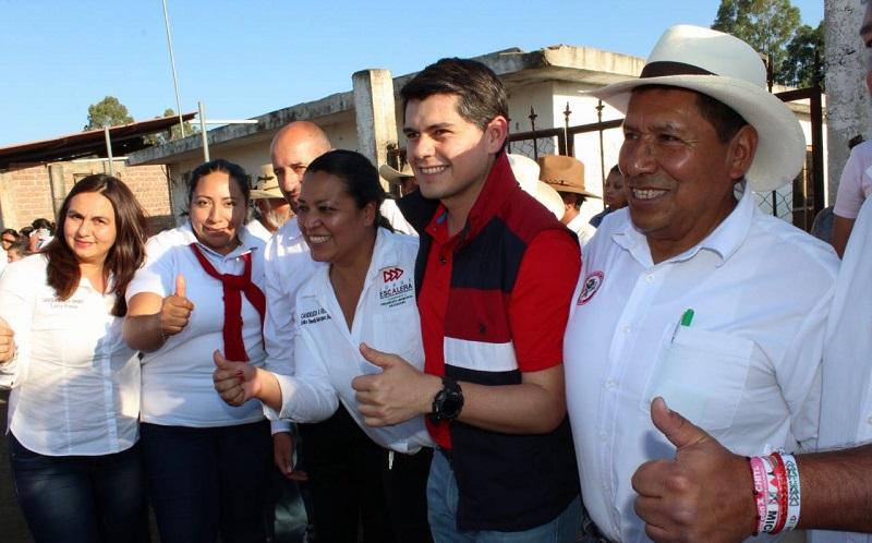 El diputado federal con licencia, Ixtláhuac, lamentó que a Rancho de Álvarez jamás se haya presentado algún candidato a senador, mucho menos un senador ya en el cargo