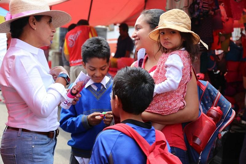 Luisa María Calderón consideró que si en las escuelas se enseñan los buenos hábitos de consumo de alimentos, se tendría niños sanos y fuertes