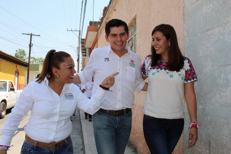 El municipio requiere un cambio, una mejor calidad de vida para los habitantes, afirman vecinos de las calles de este municipio