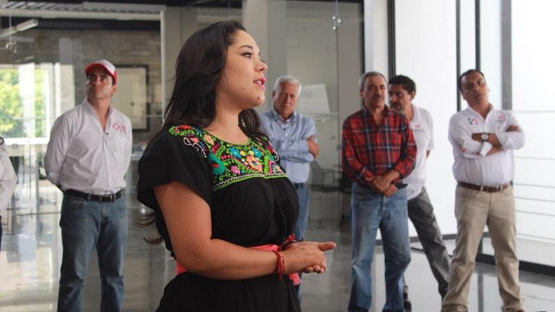 """Xóchitl Ruiz mencionó que toda reforma integral que se pretenda impulsar en torno a la casa de Hidalgo, """"debe realizarse con el consenso de todos los sindicatos al interior de la institución, autoridades y los propios alumnos"""""""