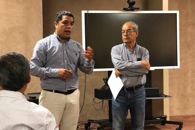 En este taller, indicó el director de Archivos del Poder Ejecutivo, se tocaron temas tales como: Fondos históricos, el reino tarasco, la Zamora porfiriana, el archivo diocesano de Zamora y la crónica, entre otros