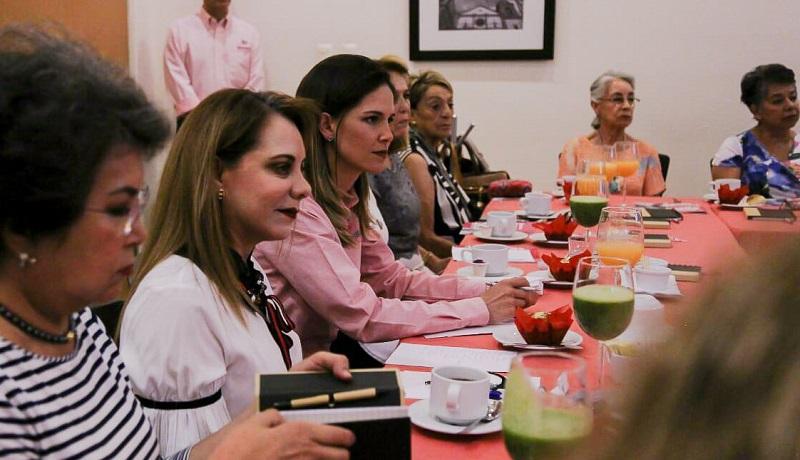 Daniela de los Santos aseguró que con mucha responsabilidad en el decir y actuar se combatirá la corrupción en todos los niveles de la administración municipal