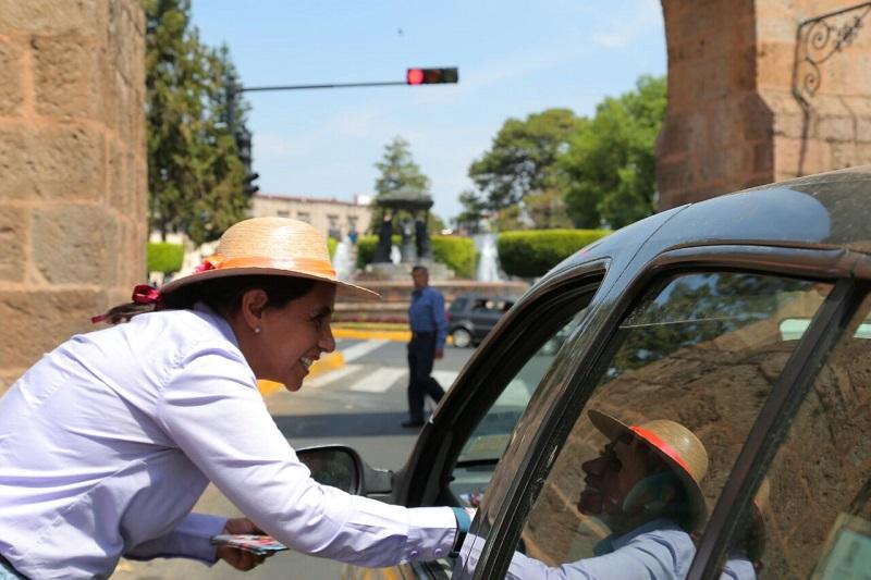 Luisa María Calderón reveló que los programas alimentación escolar, actualmente solo se ejecutan con reglas de operación y al no existir una Ley que regule el programa, lo hace vulnerable