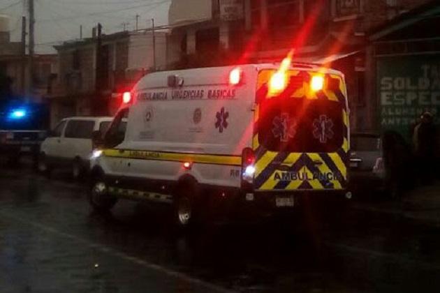 Hay varias ambulancias que prestan servicios de manera regulada y certificada como Ambumed, Rescate, Sysmedic, otras de Asociaciones Privadas, Protección Civil, CRUM, la Secretaría de Salud de Michoacán, algunos grupos voluntarios además de las de la Policía, la Cruz Roja y los propios Bomberos