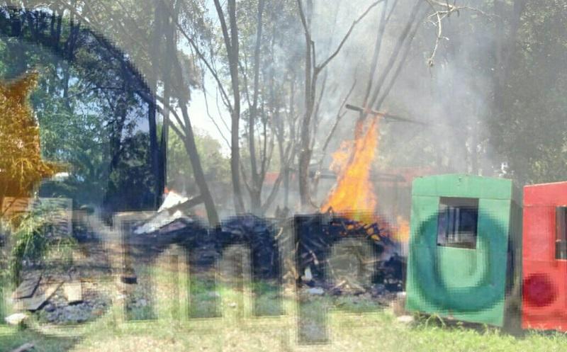 Se desconoce la causa que provocó el incendio donde por fortuna no hubo personas lesionadas, haciéndose cargo trabajadores del parque para realizar la limpieza del lugar