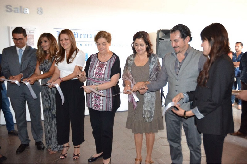 La presente exposición en el Centro Cultural Clavijero es una curaduría de la colección original que consta de 53 grabados. Las técnicas principales son aguafuerte, buril, punta seca, xilografía
