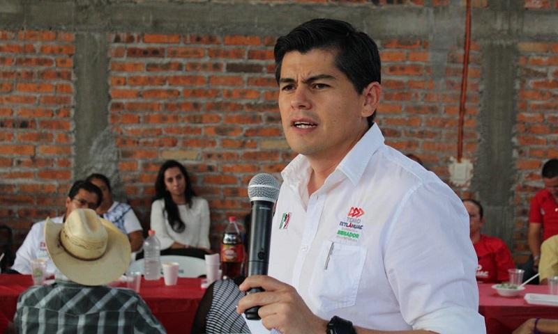 Senadores, diputados federales y locales, hoy en el cargo, sólo le apuestan a determinado sector por ser su tierra de origen y dejan para después lo demás, cuando las cosas deben ser parejas: Antonio Ixtláhuac