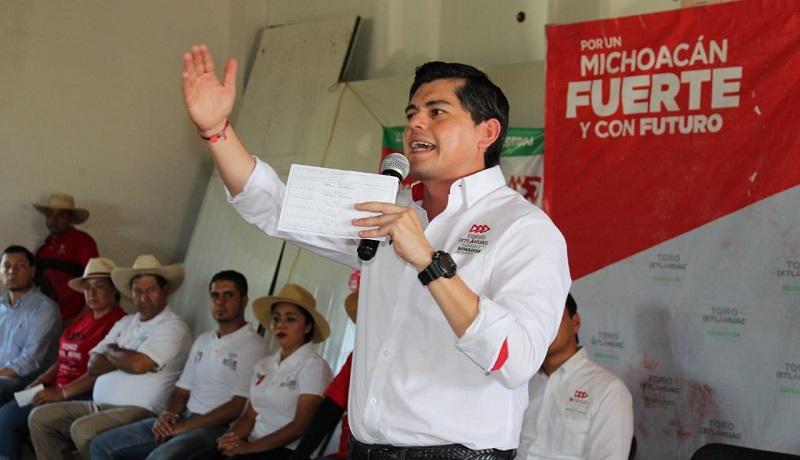 Recorriendo los caminos de Michoacán, conoce directo de la gente en qué se debe trabajar