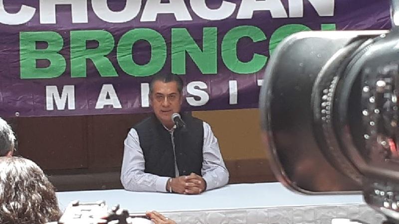 """""""El Bronco"""" habló sobre su intención de cancelar la gran mayoría de los programas sociales del país, para destinar la mayor parte de esos recursos a la gente trabajadora, """"no a los huevones"""" (FOTO: SEBASTIÁN CASIMIRO)"""