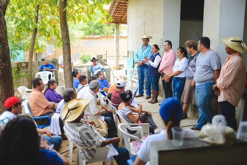 Actualmente Michoacán ocupa el segundo lugar en producción de mezcal, por lo que, desde el Senado se buscará el respaldo a los productores: Alma Mireya González