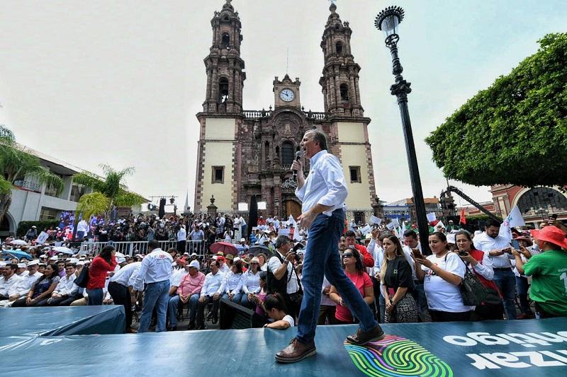 José Antonio Meade pidió que en la elección se apueste por la alternativa que él encabeza, porque representa futuro, certidumbre y seguridad