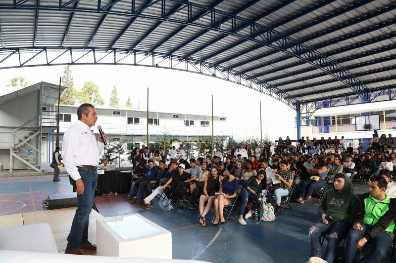Raúl Morón remarcó que se fomentará no sólo la participación de los jóvenes en la construcción de la agenda pública, sino que también se promoverá el emprendurismo digital