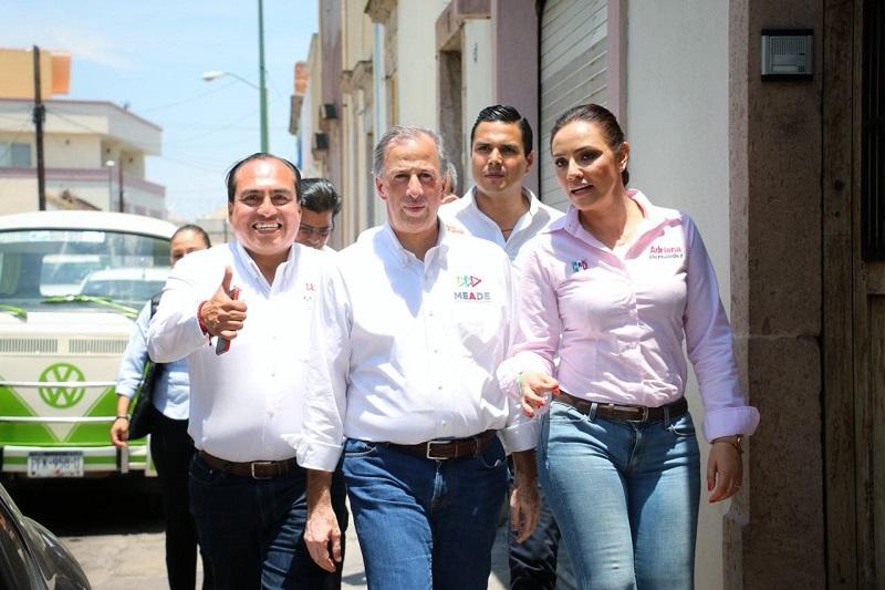 Color Gasca ratificó su compromiso con los michoacanos de trabajar con honradez, transparencia y con el único objetivo de servir a la nación desde la diputación federal por el Distrito 10 de Morelia, para la cual también es candidato del PRI