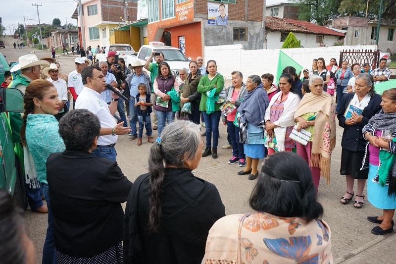 """El objetivo es """"promover el desarrollo sostenible del sector agropecuario y forestal del municipio, a través de la capacitación, información, innovación institucional y análisis de políticas y estrategias sectoriales, avalados por una imagen de excelencia institucional y alta credibilidad"""", expresó Constantino Ortiz"""