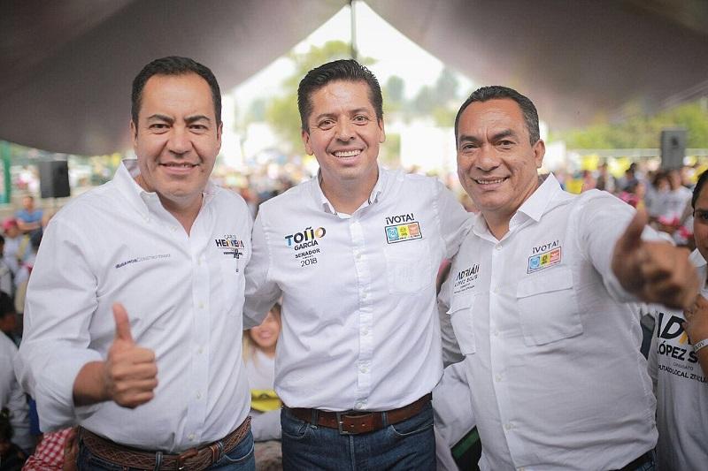 En su discurso dado a los ciudadanos de la comunidad de Macho de Agua en Zitácuaro, el aspirante al Senado de la República recalcó la importancia de asistir a las urnas a 20 días de la elección