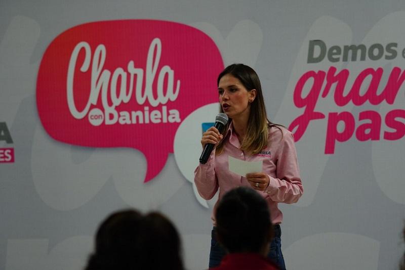 Daniela de los Santos expuso sus propuestas para combatir el problema de inseguridad y que ha sido ampliamente sentido por los morelianos