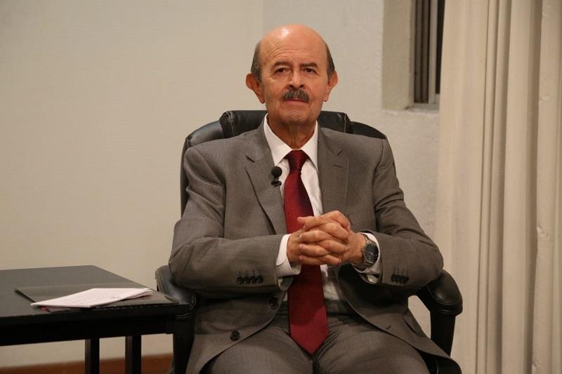 En cuanto a la falta de alumbrado público, el candidato recordó que en sus pasadas administraciones municipales, Morelia no estaba apagada como sucede actualmente