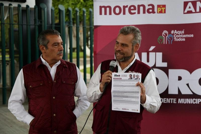 Por el contrario, la apuesta de Morena es a la educación, a la dignificación de la Universidad, aseveró Alfredo Ramírez
