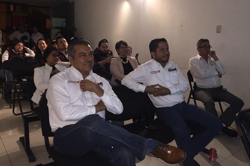 Al presenciar el Tercer Debate Presidencial, junto con integrantes de su planilla, Raúl Morón enfatizó que sólo faltan poco más de dos semanas para cristalizar el anhelo del pueblo de México