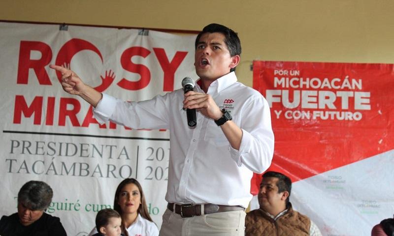 Tacámbaro tendrá senador amigo, porque los candidatos del PRI somos los únicos que hemos trabajado haciendo campaña de propuestas: Antonio Ixtláhuac