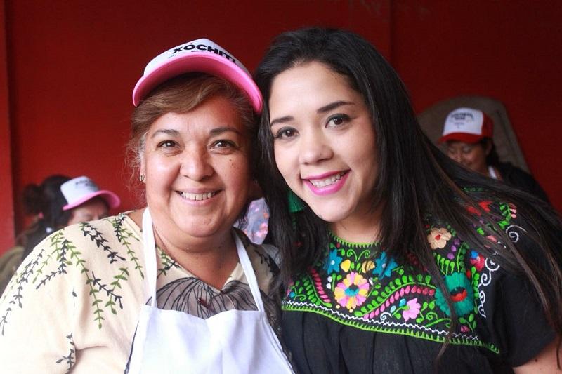 Xóchitl Ruiz pidió un voto de confianza para su compañero de fórmula, Toño Ixtláhuac, para la candidata a la alcaldía de Morelia, Daniela de Los Santos y para los candidatos a las diputaciones locales y federales de Morelia