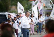 Entre los servicios que se fortalecerán en las colonias está el del alumbrado público, para que haya calles seguras donde mujeres y niños puedan caminar tranquilamente: Raúl Morón
