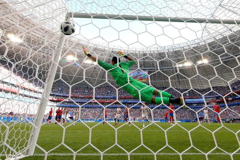 El portero del Real Madrid salvó con varias intervenciones una victoria más abultada de los europeos, frente a una Costa Rica que salvo los primeros minutos no pareció estar en condiciones de medirse de igual a igual al combinado balcánico