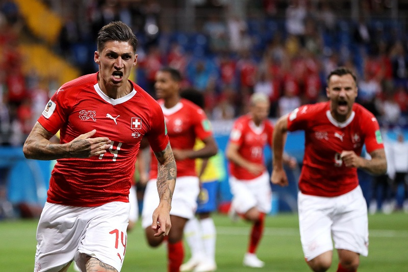 Con este resultado, Serbia que en el primer partido del día venció a Costa Rica por 1-0 lidera en solitario el Grupo E con tres puntos, seguida de Brasil y Suiza con uno cada uno y la selección tica cierra las posiciones sin unidades