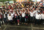 Xóchitl Ruiz pidió a los militantes partidistas que soportaron la intensa lluvia, a sufragar por el candidato presidencial Pepe Meade y darle un voto de confianza a aspirantes del PRI