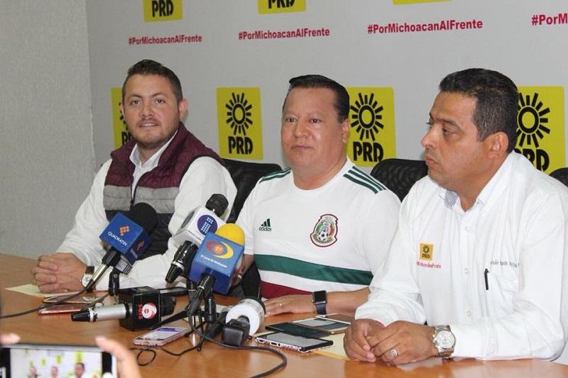 Martín García Avilés agradeció la disponibilidad del rector de la UMSNH, Medardo Serna, por haber girado la instrucción de iniciar una investigación en contra del candidato de Morena a una diputación federal por Uruapan, Ignacio Campos