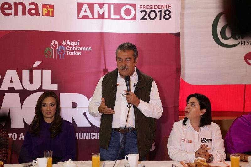 Raúl Morón expuso ante las integrantes de la Asociación Mexicana de Mujeres Empresarias que en su gobierno las mujeres tendrán garantizadas las mismas oportunidades de desarrollo, tanto profesional como social y económico, que los hombres