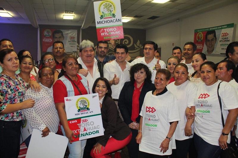 Agradece el candidato tricolor que se le respalde, haciendo el compromiso de trabajar por el fortalecimiento del gremio sindical