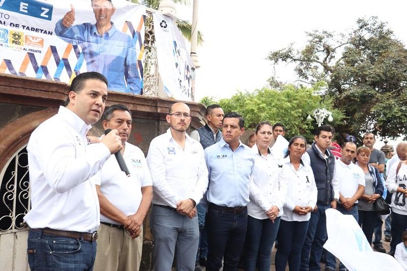 Además de exigir justicia por este crimen, Damián Zepeda reconoció el valor de Julio Chávez Zavala, ya que a pesar del dolor por la muerte de su hermano, tuvo el coraje de retomar las riendas y encabezar la candidatura