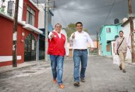 Durante el recorrido por Fovisste Morelos, que realizó acompañado por el candidato a diputado local, Olivio López Mújica, el abanderado priísta afirmó ante los ciudadanos que su propuesta legislativa es la más completa, sensible y centrada en los intereses fundamentales de los morelianos