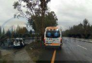 Elementos de la Policía Federal fueron los encargados de realizar el peritaje del accidente y retirar el vehículo a un corralón