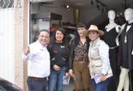 El cierre de campaña será sin derroche de recursos, ya se inició con las visitas puerta a puerta con cada uno de los morelianos: Carlos Quintana