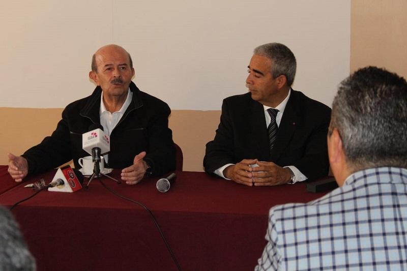 Notarios de Michoacán confían en que tendrán las puertas abiertas del Ayuntamiento en la administración del ex gobernador