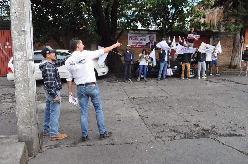 """Pérez Negrón Ruiz recalcó la importancia de votar, para ejercer este derecho, """"un derecho que tenemos todos los ciudadanos tenemos, hay que salir a votar este 1 de julio"""""""