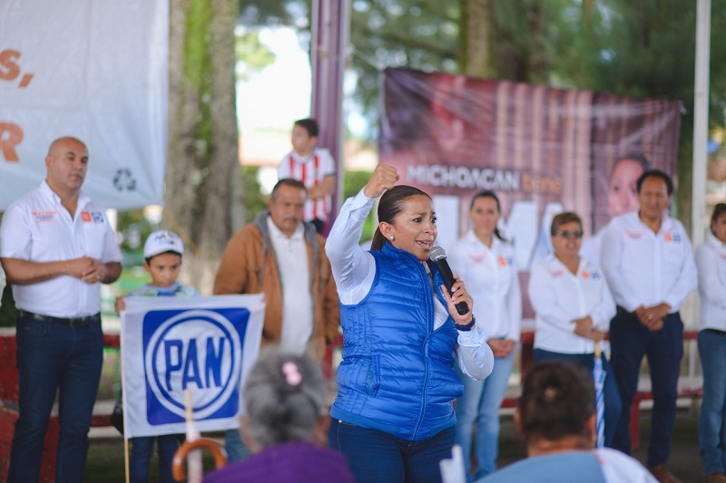 Ofrece Alma Mireya González que legislará para solucionar los problemas que enfrenta la entidad; seguridad, migración, la economía, mujeres y grupos vulnerables