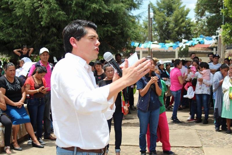 Esta elección la tenemos ganada los candidatos del PRI; voy a ser el senador de Michoacán, el senador que regrese para cumplir lo que he prometido recorriendo los caminos de Michoacán: Antonio Ixtlahuac