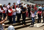 Habitantes del sur de la ciudad reconocieron las acciones que Daniela de los Santos Torres ha tenido con las tenencias y comunidades de esta zona de la ciudad, principalmente en el tema de educación