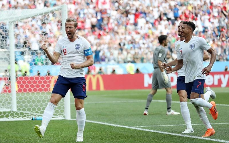 Kane ya pelea por el título de goleo con cinco tantos en la primera fase