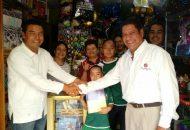 López Mújica, candidato a diputado local por el Distrito 11 de Morelia, es un hombre comprometido con la educación, ya que reconoce que es la única manera en que el estado y el país puede salir adelante