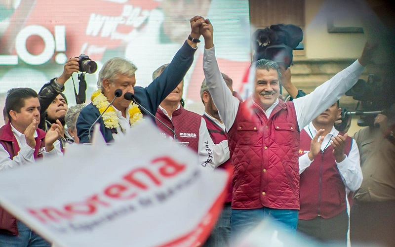 Acompañado por Raúl Morón Orozco, candidato a la presidencia municipal de Morelia por el Morena y el Partido del Trabajo (PT), se hizo énfasis en que este movimiento habrá de ganar con todos sus candidatos