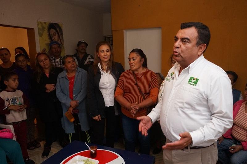 """""""Yo no vengo a crear empresas como los otros candidatos mientras estuvieron en el gobierno, ni a hacer negocios"""": Constantino Ortiz"""