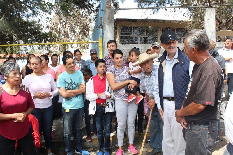 En Morelia la lluvia fue constante, parecía esperar el arribo de los candidatos a presidentes municipales, diputados locales, federales y a quienes contienden en para el Senado, Toño Ixtláhuac y su compañera de fórmula Xóchitl Ruiz