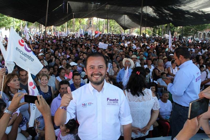 El candidato a diputado local junto con su suplente, Nadim López, agradecerá el apoyo que cientos de morelianos de esta parte de la ciudad le manifestaron durante los 45 días que recorrió a pie cada calle, colonia, comunidad y tenencia