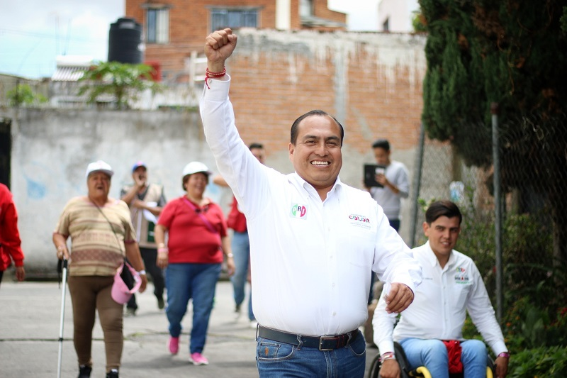 Concluyen los 90 días de campaña del candidato del PRI a diputado federal recorriendo las calles del Distrito 10