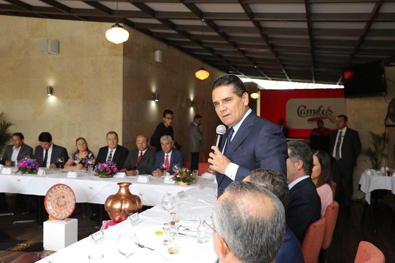 Reconoce presidente del Consejo Coordinador Empresarial, Juan Pablo Castañón, al mandatario de Michoacán como un Gobernador abierto al diálogo, cercano y que tiene una visión clara del México del futuro